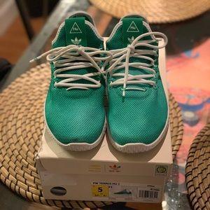 Adidas Pharrell Williams Hu Sneakers